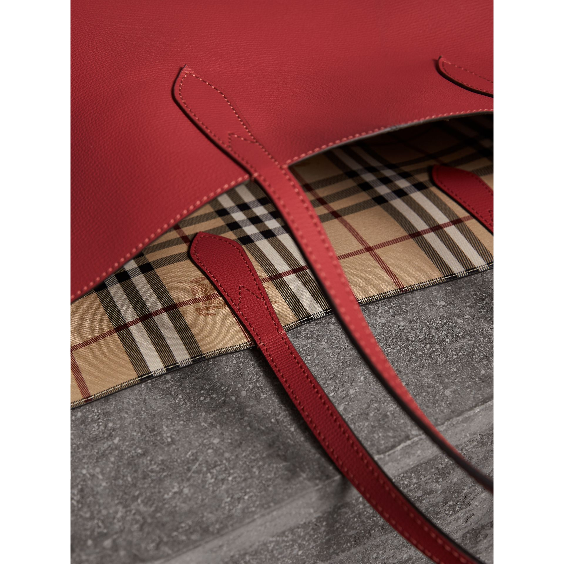 The Medium Reversible Tote in Haymarket Check and Leather in Coral Red - Women | Burberry - gallery image 5