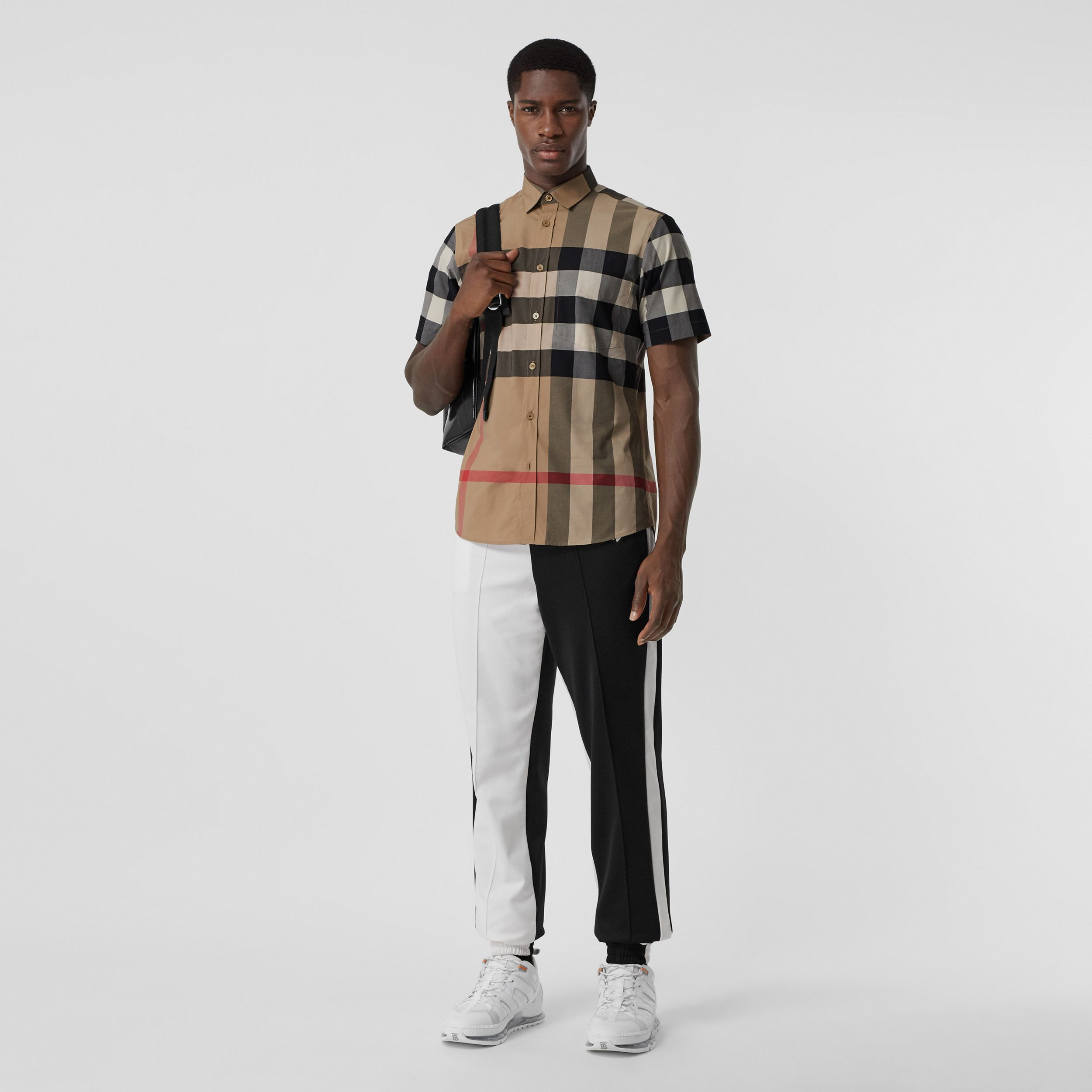 Short-sleeve Check Stretch Cotton Poplin Shirt in Archive Beige - Men | Burberry - 1