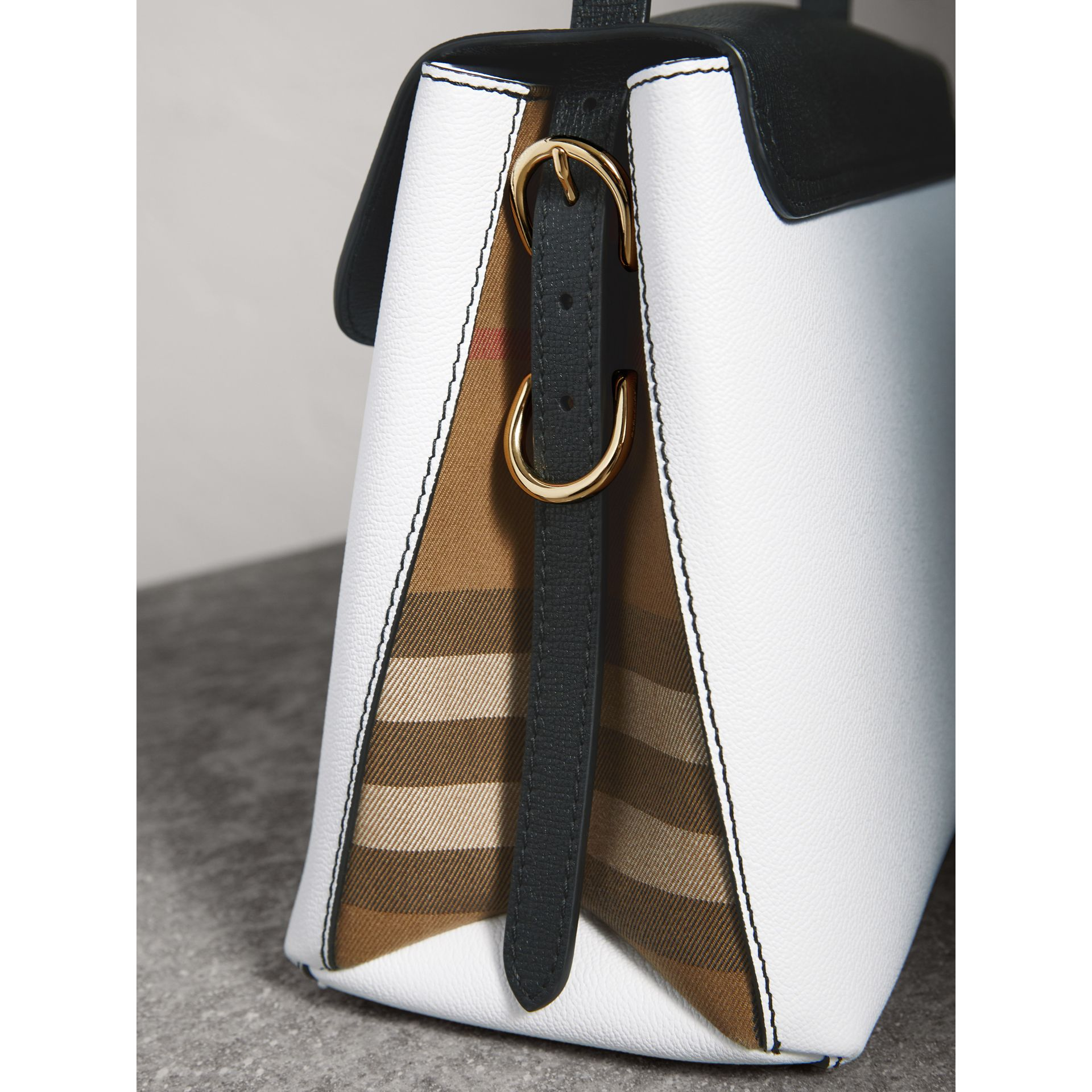 Medium Two-tone Leather and House Check Tote in Chalk White/black - Women | Burberry - gallery image 2