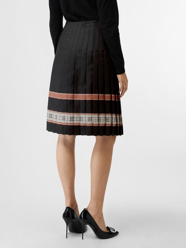 典藏圍巾印花蘇格蘭裙 (多色) - 女款 | Burberry - cell image 2