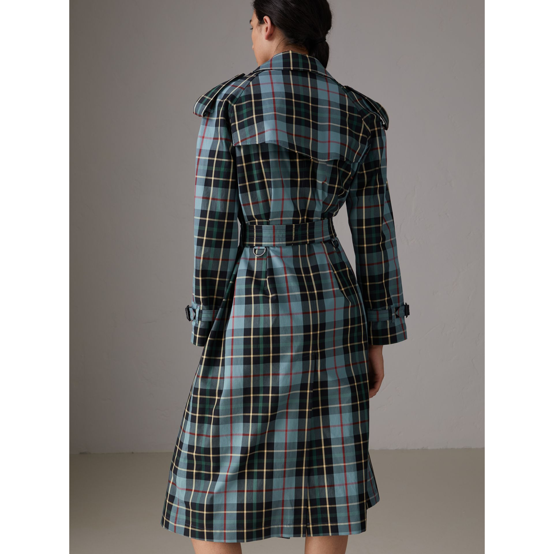 Tartan Cotton Gabardine Trench Coat in Cyan Blue - Women | Burberry - gallery image 3