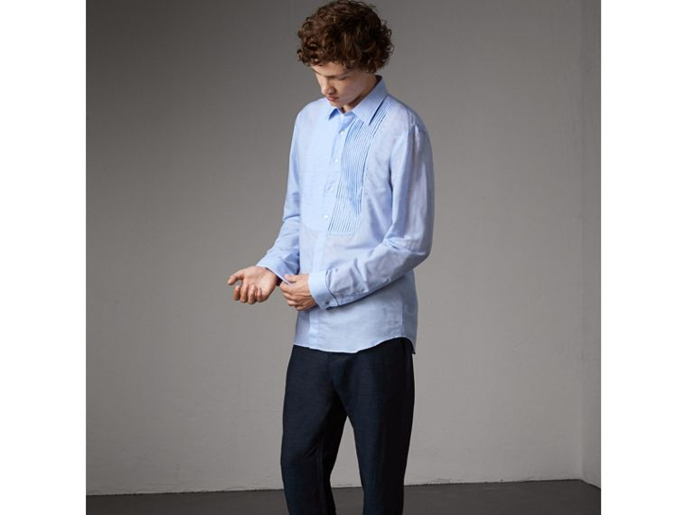 Modern Fit Linen Cotton Dress Shirt in Pale Blue - Men | Burberry - cell image 4