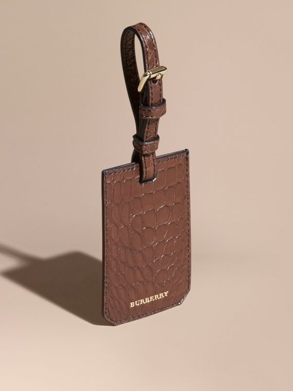 Alligator Luggage Tag in Flax Brown