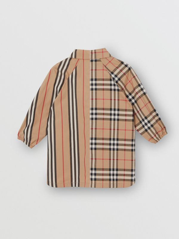 Vintage Check and Icon Stripe Cotton Shirt Dress in Archive Beige - Children | Burberry - cell image 3