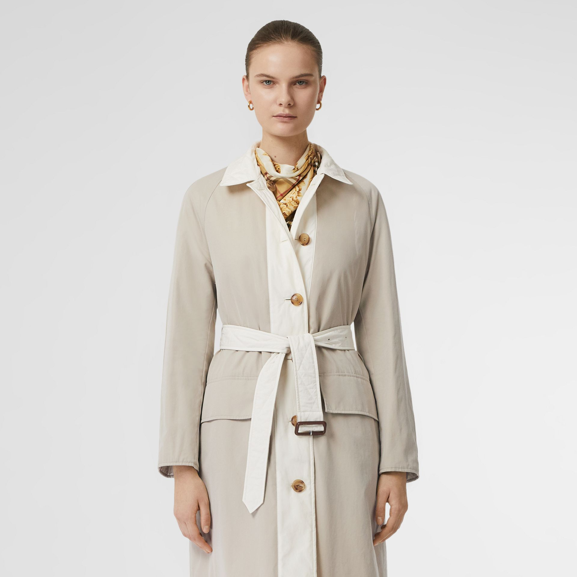 Reversible Contrast Sleeve Quilted Cotton Car Coat in Natural White - Women | Burberry - gallery image 8