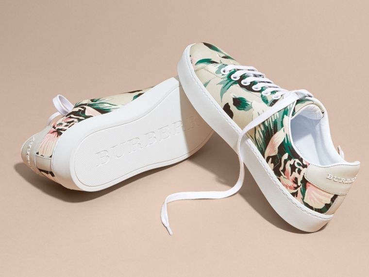 Peony Rose Print Canvas and Leather Sneakers Emerald Green - cell image 4