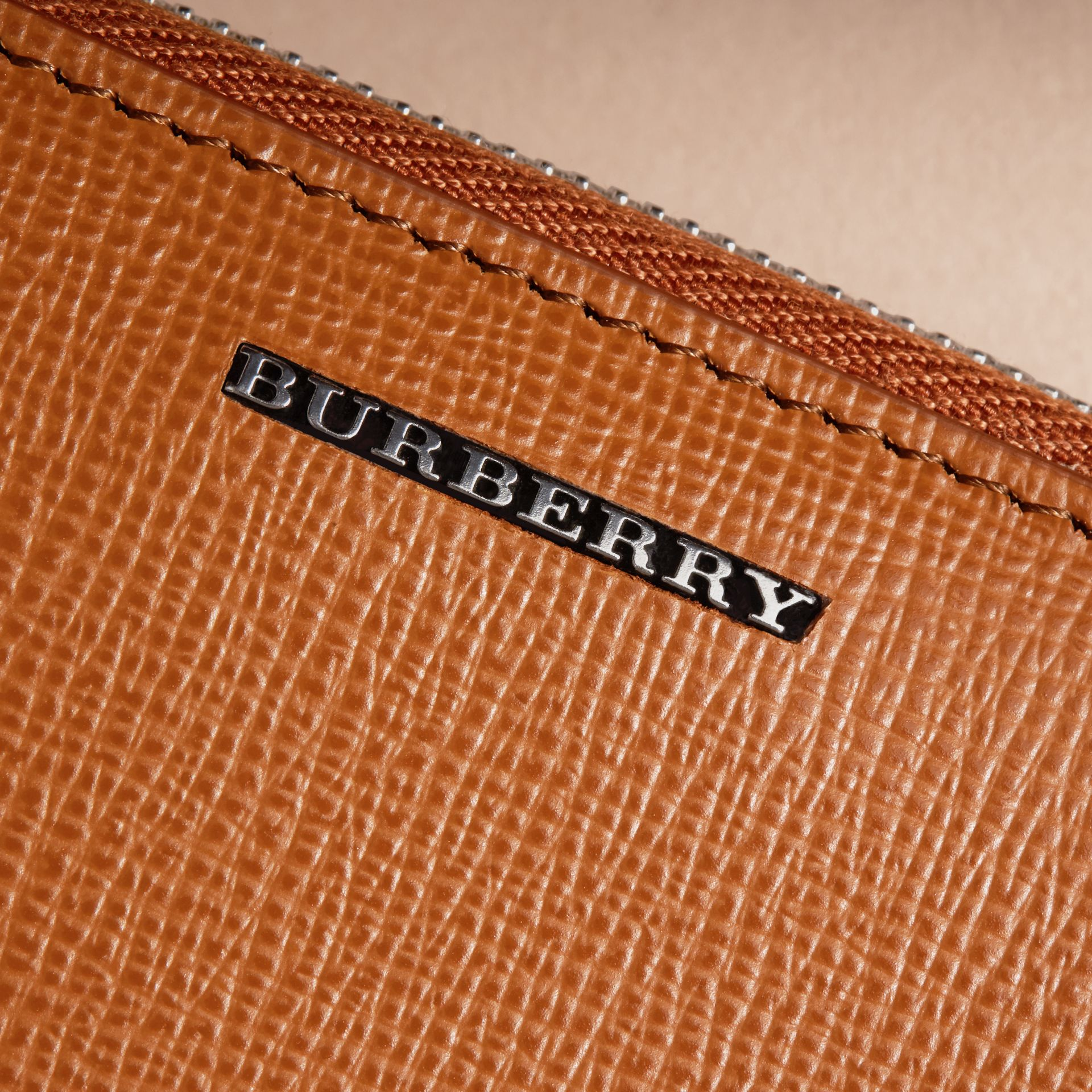 London Leather Ziparound Coin Case in Tan | Burberry - gallery image 2