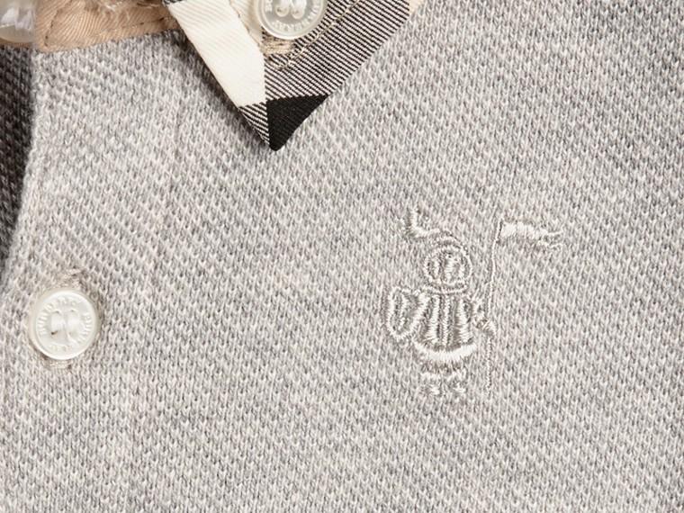 Camaïeu de gris pâles Polo avec col à motif check - cell image 1