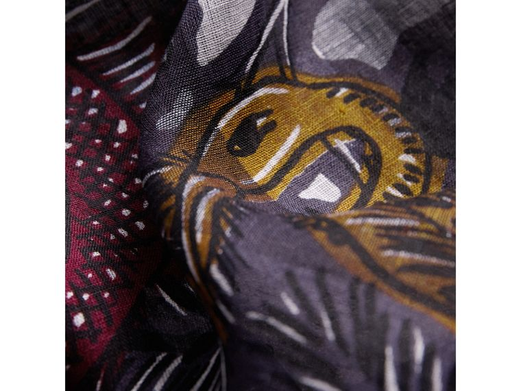 Beasts Print and Check Linen Scarf in Chalk Blue | Burberry Singapore - cell image 1