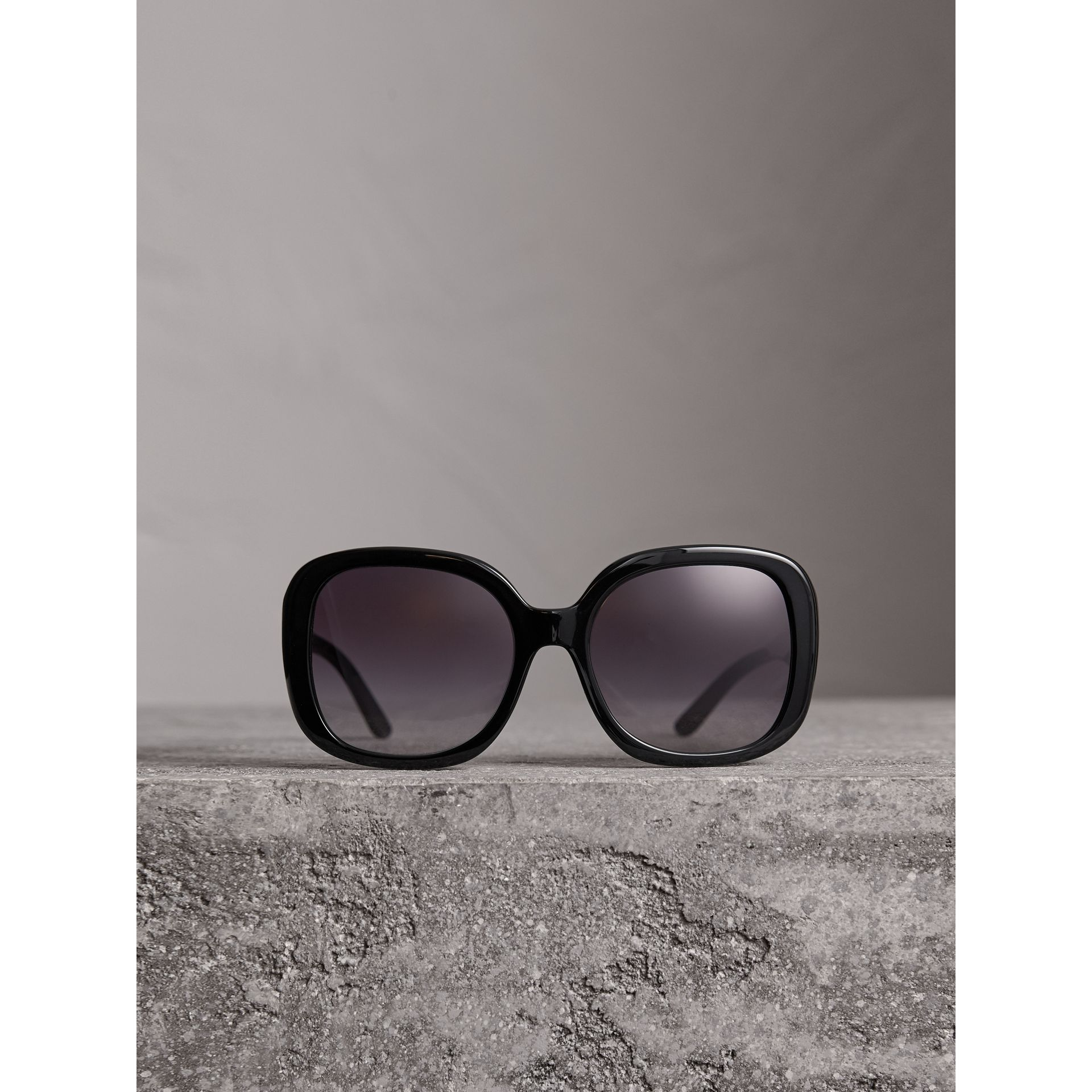 Square Frame Sunglasses in Black - Women | Burberry Australia - gallery image 3