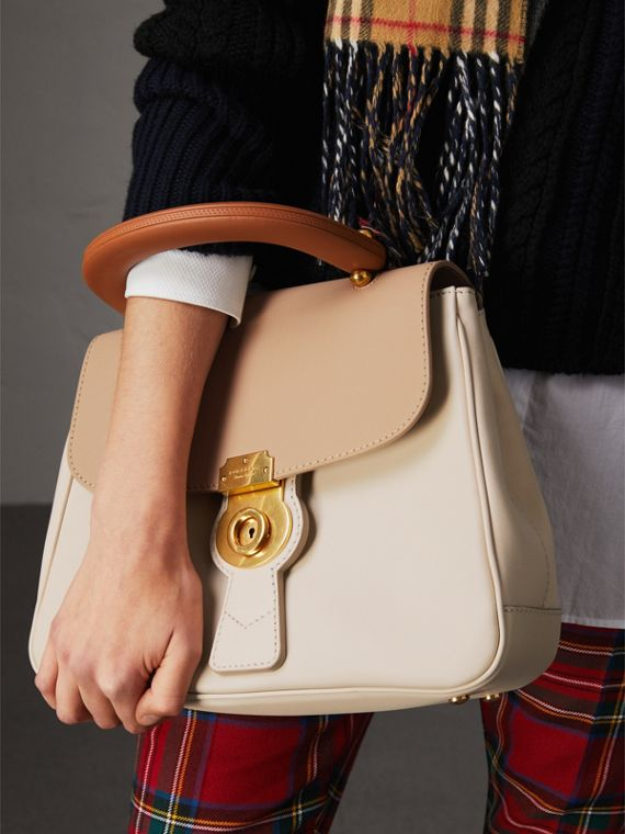 The Medium DK88 Top Handle Bag in Limestone/honey - Women | Burberry Singapore - cell image 2