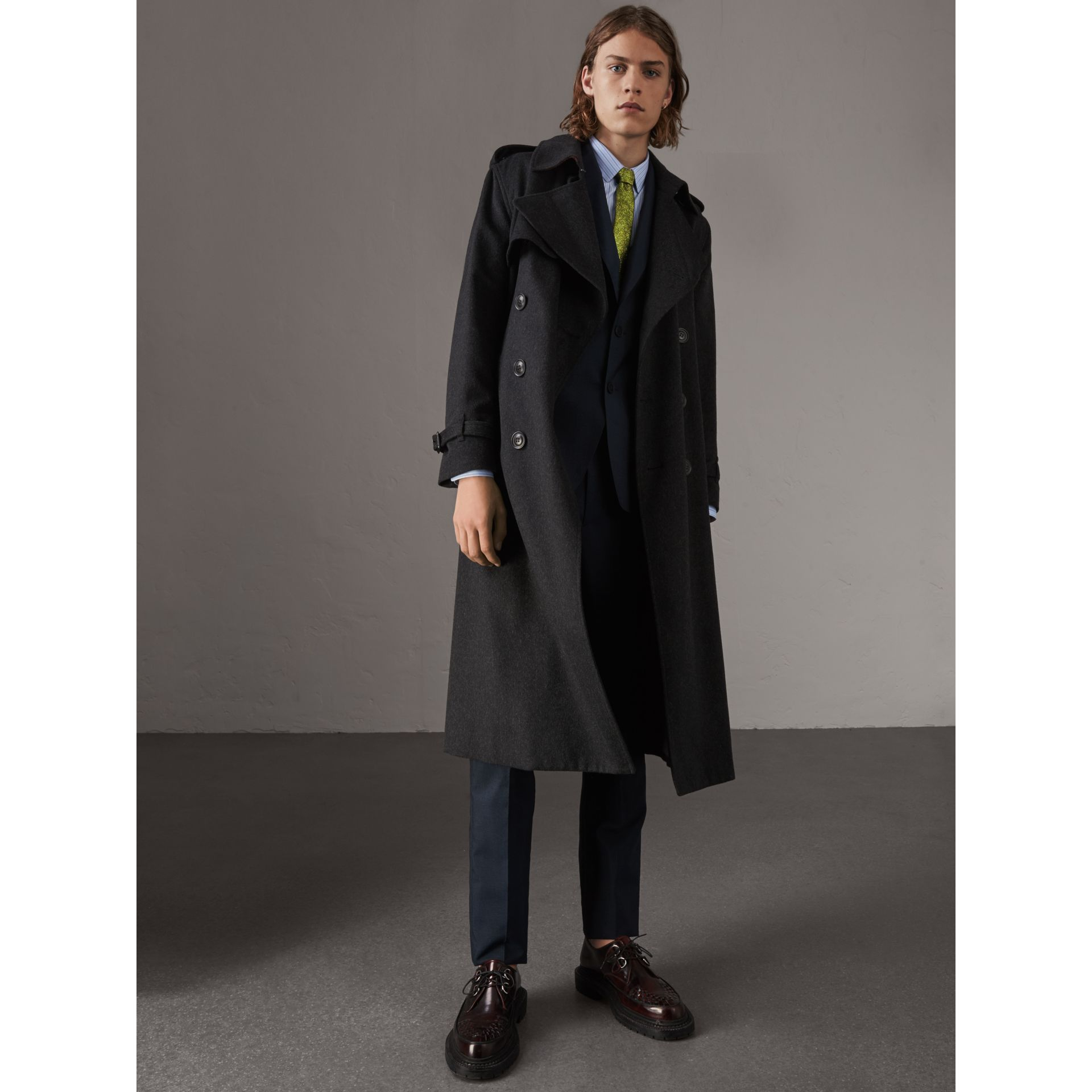 Cashmere Trench Coat in Charcoal Melange - Men | Burberry - gallery image 5