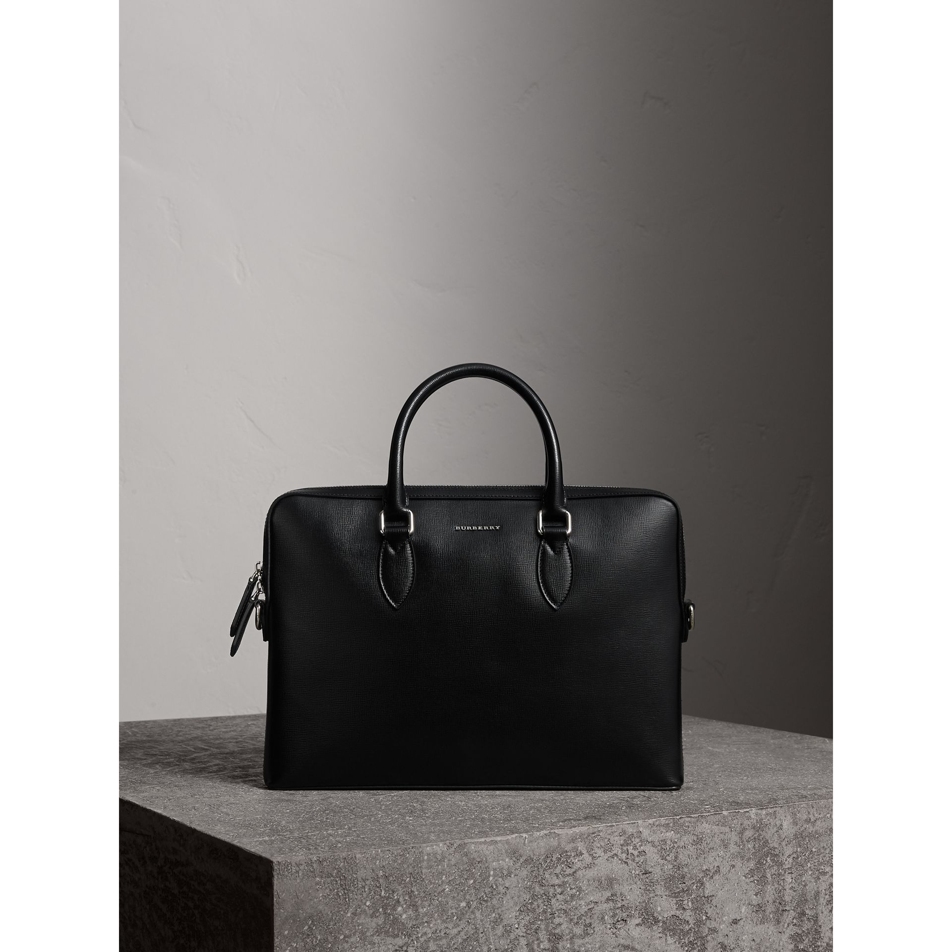The Slim Barrow in London Leather in Black - Men | Burberry Singapore - gallery image 1