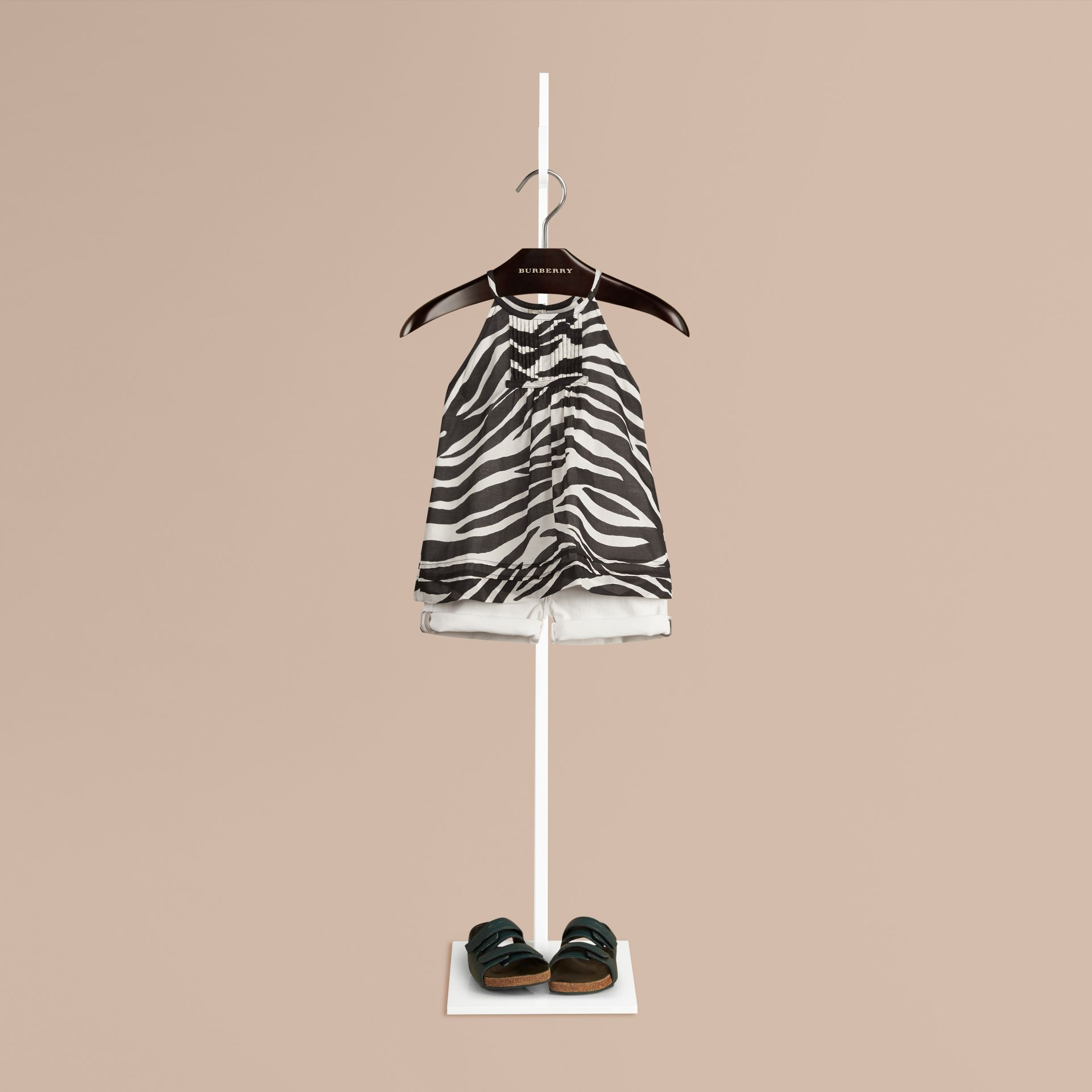 Black / white Animal Print Pintuck Detail Cotton Top - gallery image 1