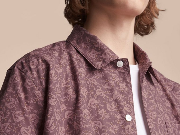Short-sleeve Leaf Print Cotton Shirt in Mauve - Men | Burberry - cell image 4