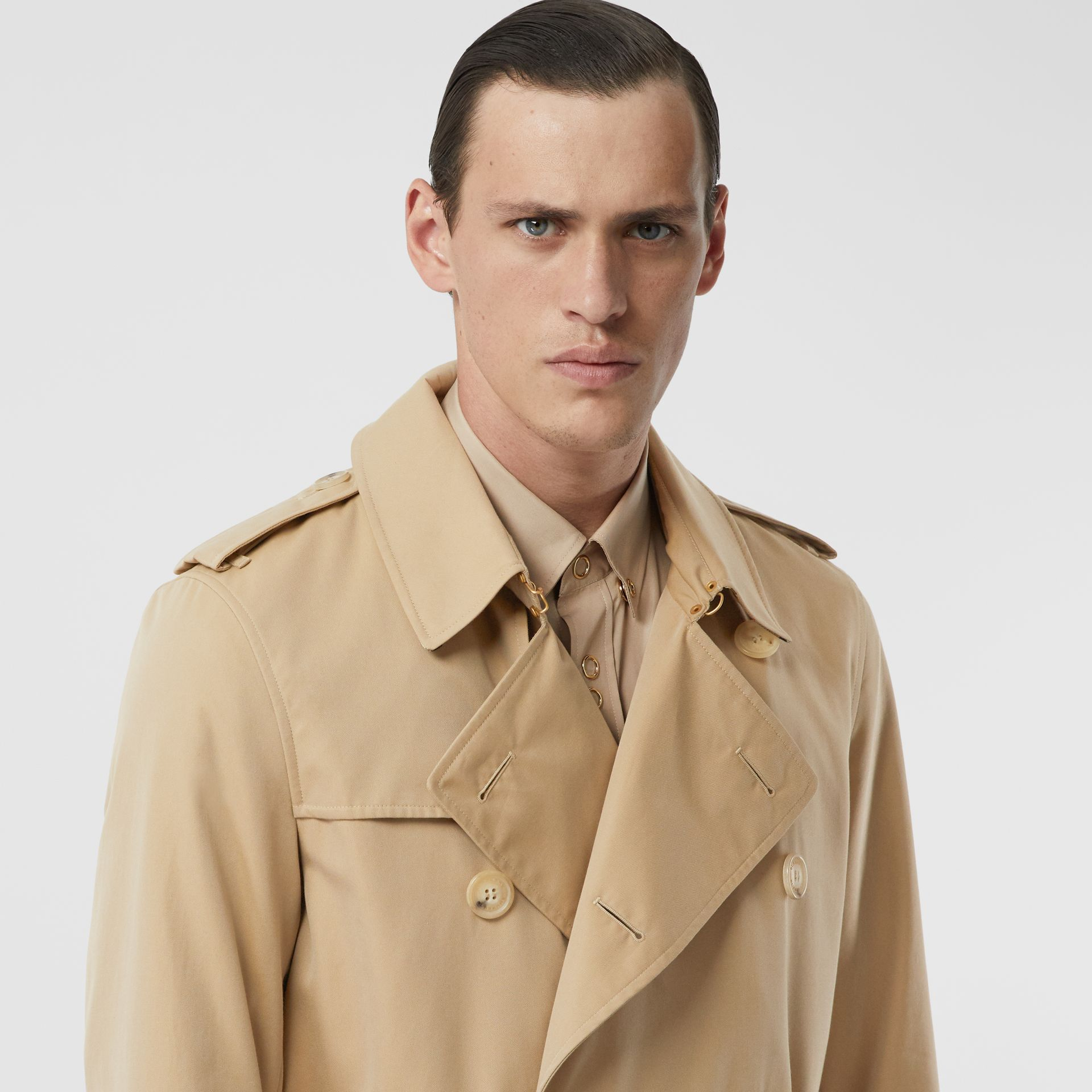 The Mid-length Kensington Heritage Trench Coat in Honey - Men | Burberry - gallery image 11