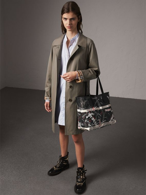 The Medium Doodle Tote in wendbarem Design (Schwarz) | Burberry - cell image 2