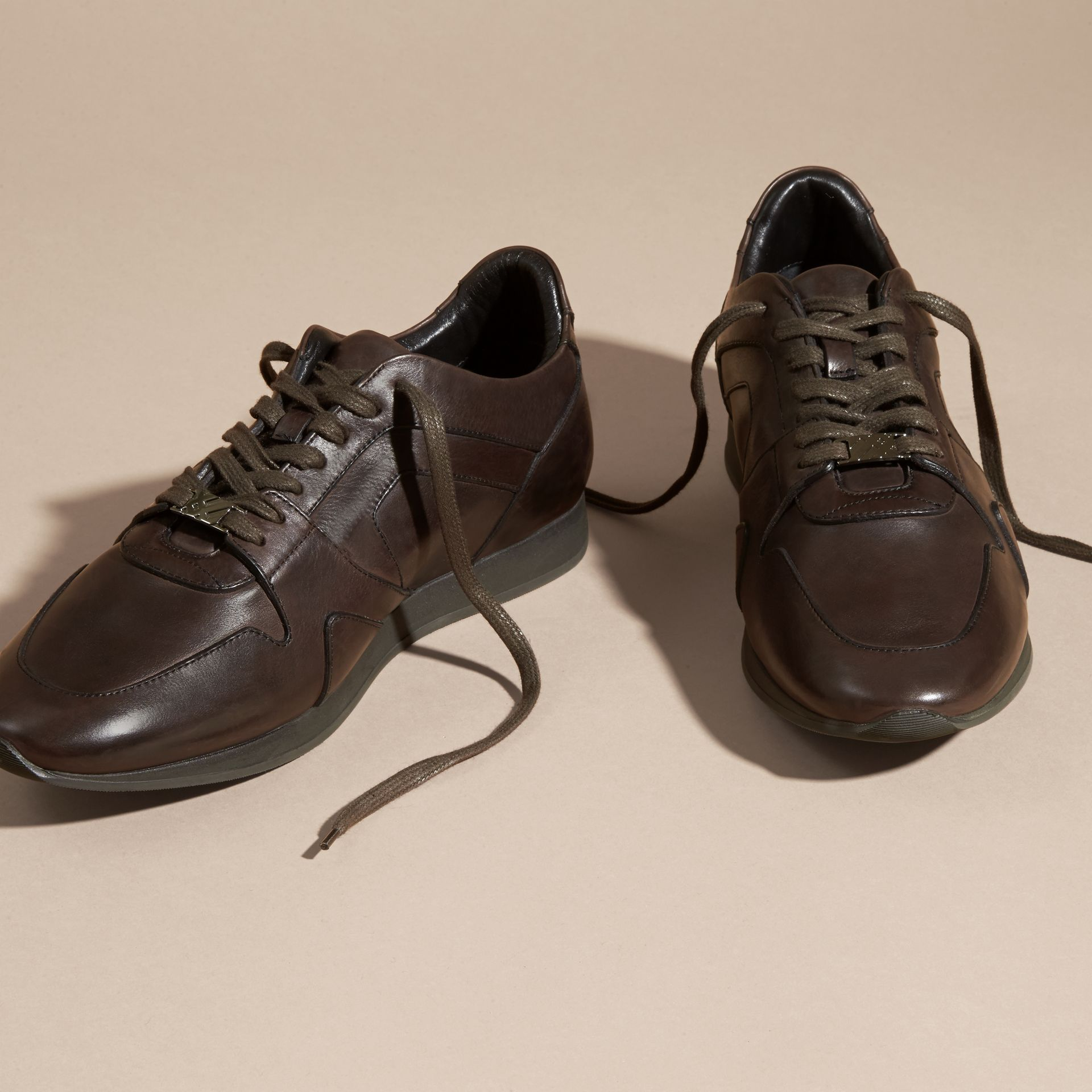 Peppercorn The Field Sneaker in Leather Peppercorn - gallery image 3