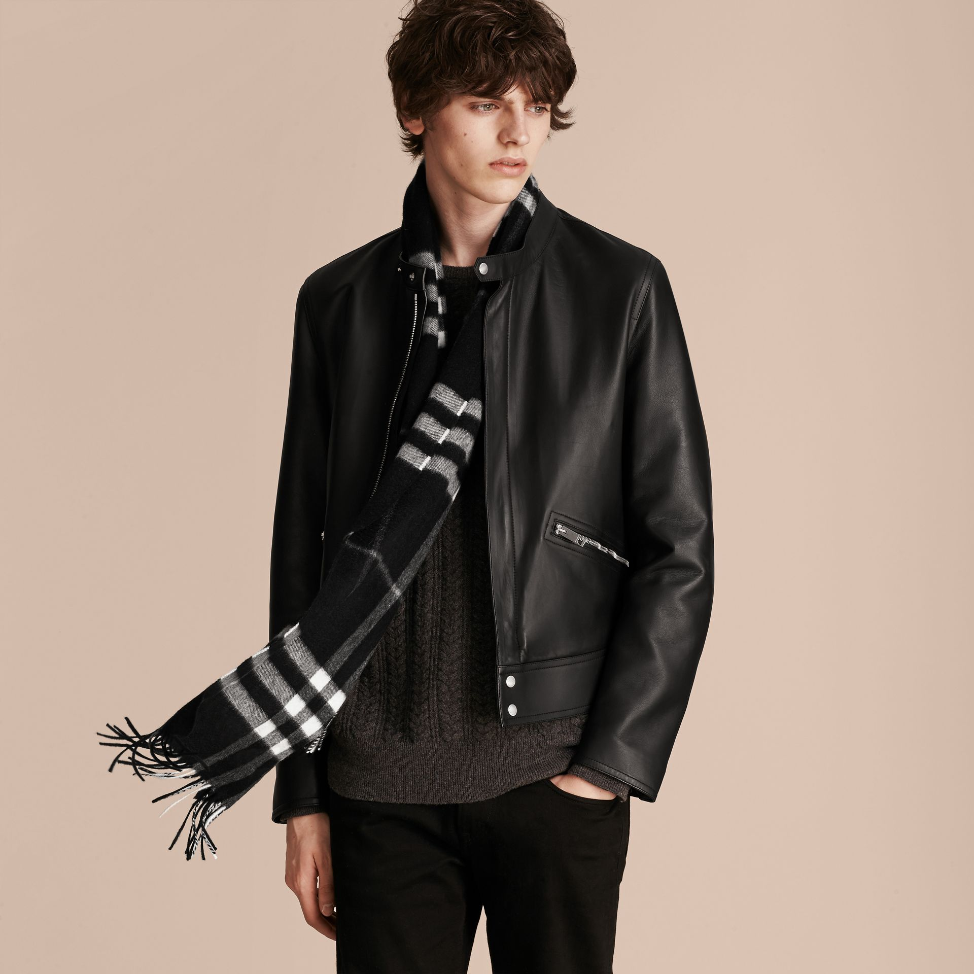 The Classic Cashmere Scarf in Check  Black - gallery image 4