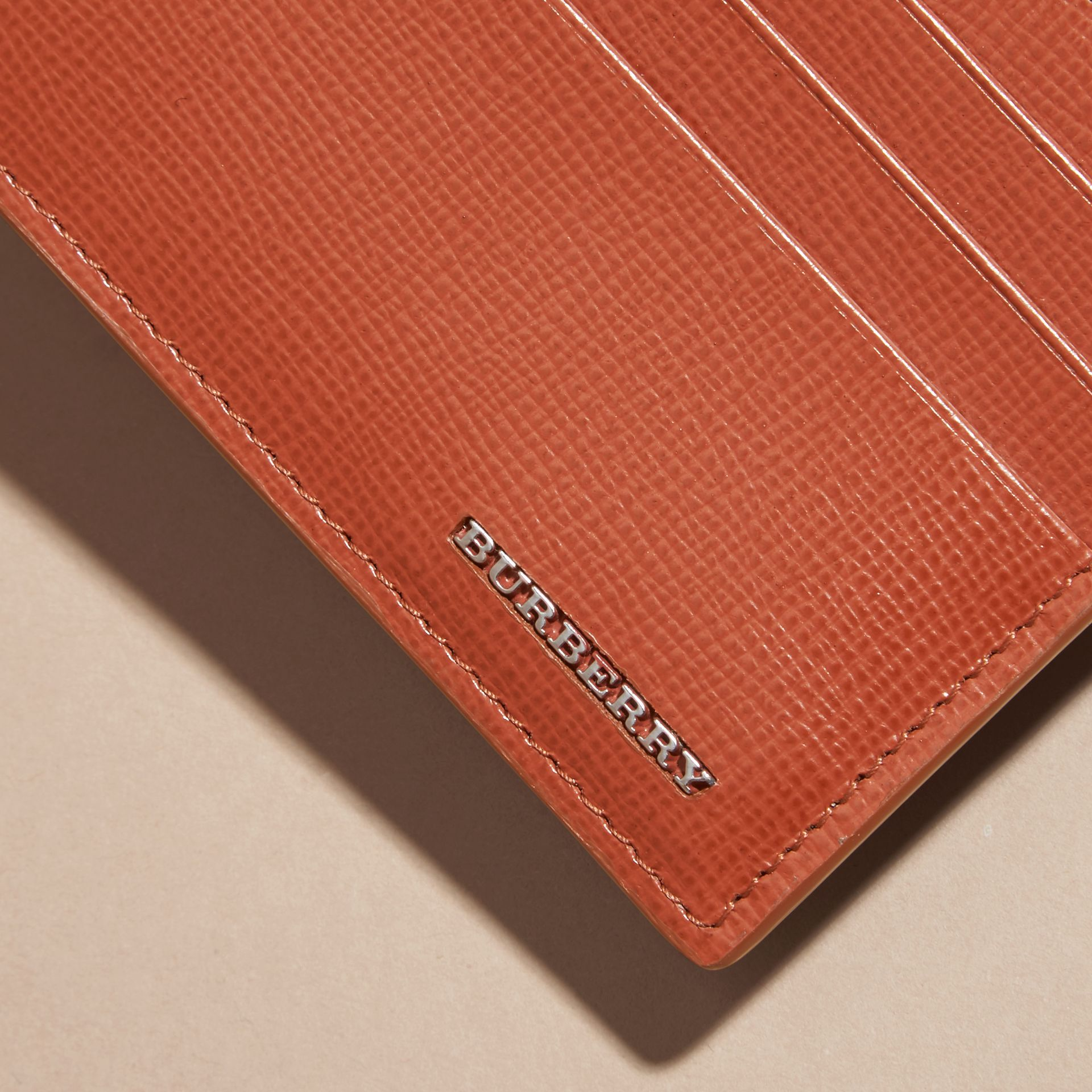 London Leather Zip-top Card Case in Burnt Sienna - gallery image 2