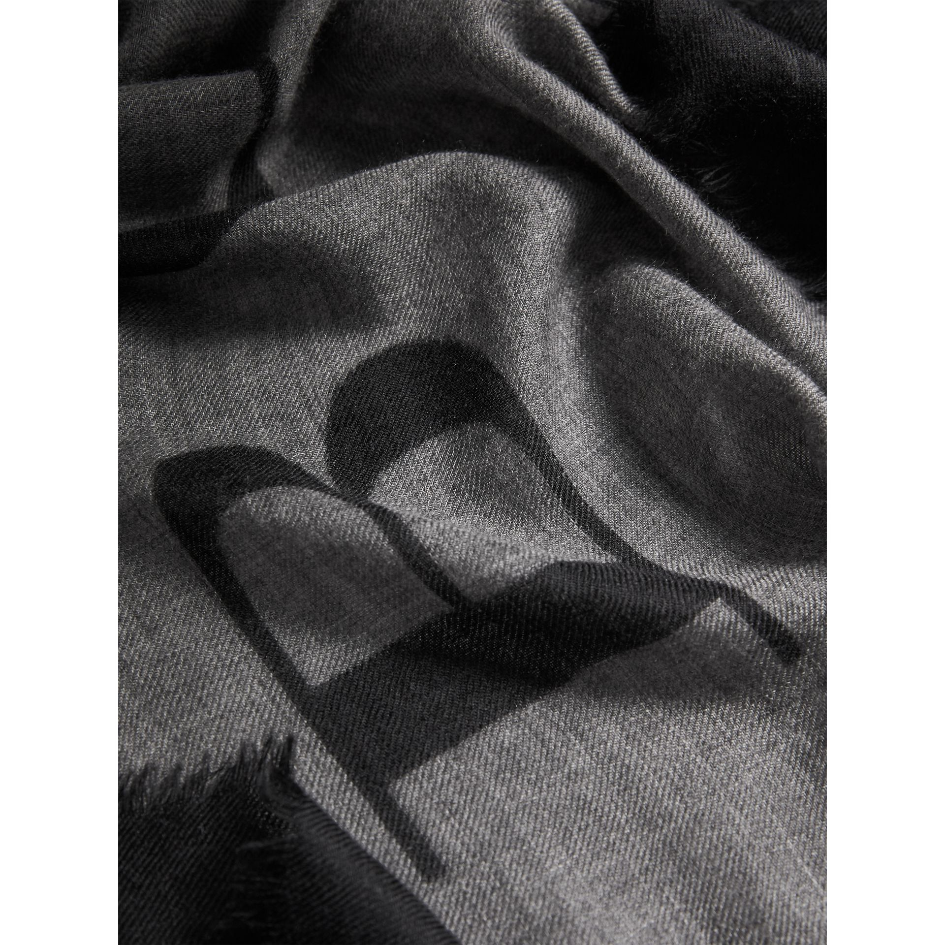 Graphic Print Motif  Lightweight Cashmere Scarf in Mid Grey - Women | Burberry - gallery image 2