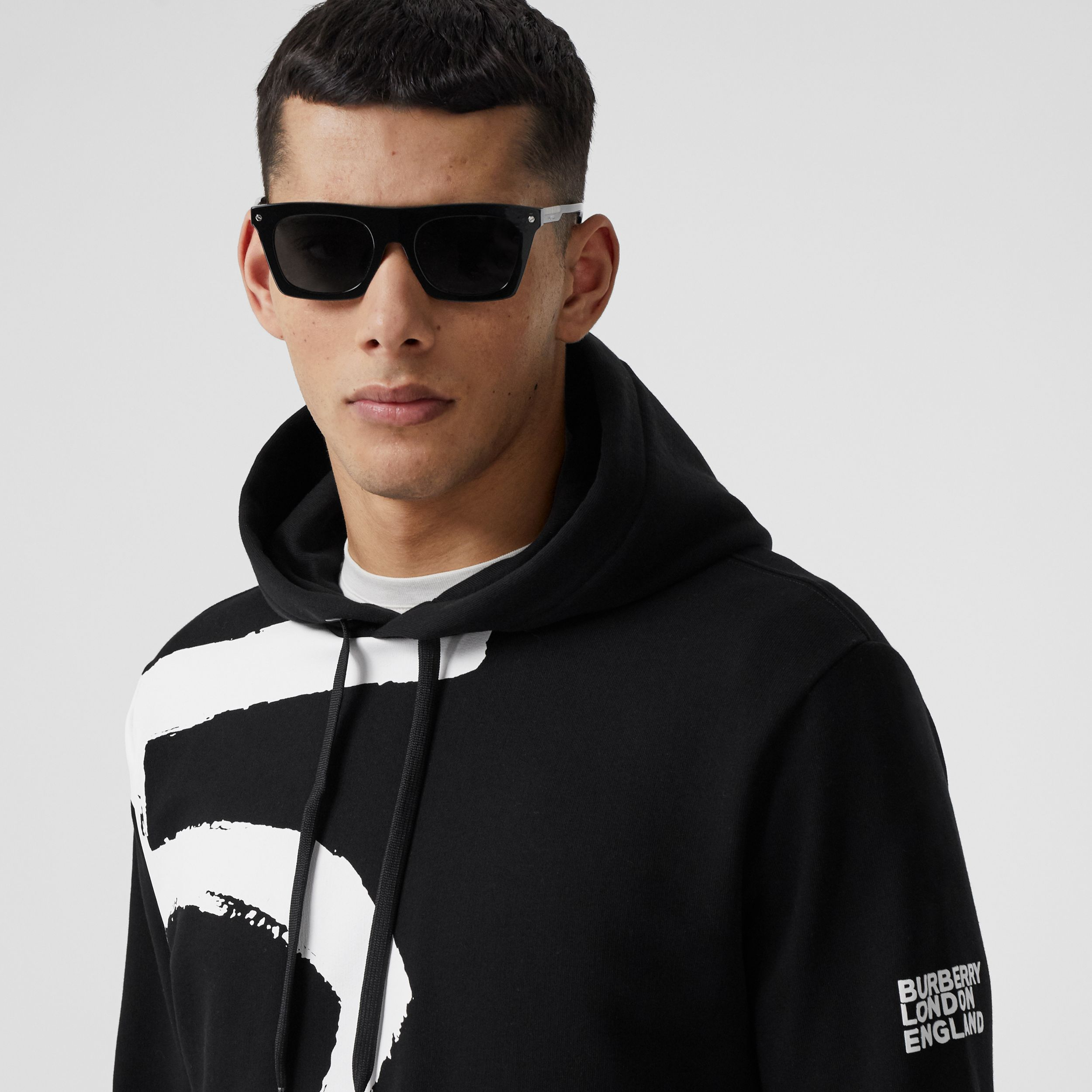 Love Print Cotton Hoodie in Black - Men | Burberry Singapore - 2