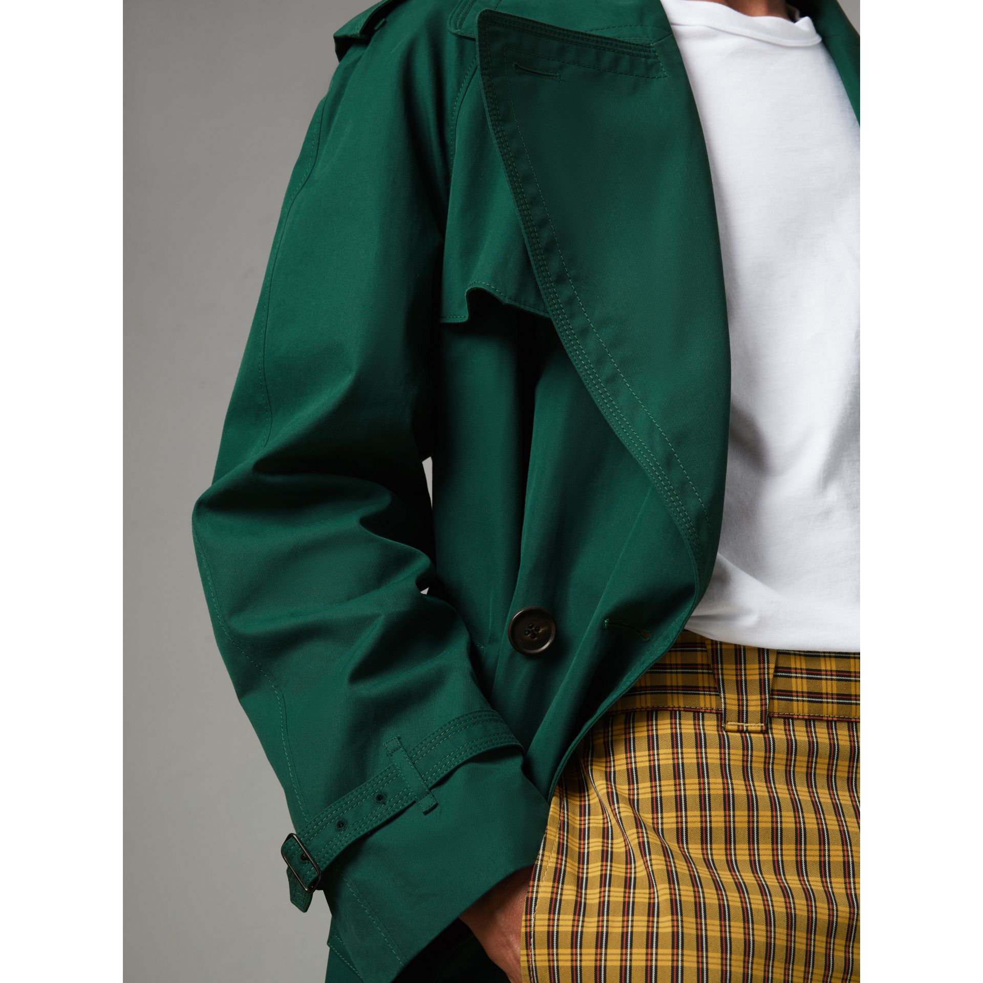 Gun-flap Detail Cotton Gabardine Trench Coat in Deep Veridian Green - Men | Burberry United Kingdom - gallery image 1