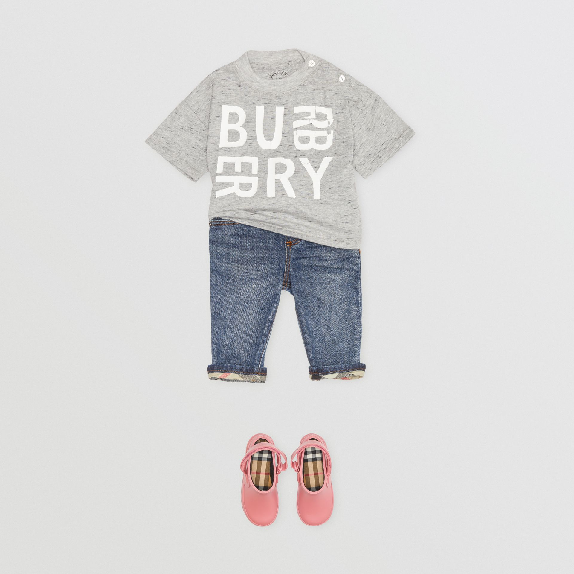Jean casual en denim stretch (Indigo Moyen) - Enfant | Burberry - photo de la galerie 2
