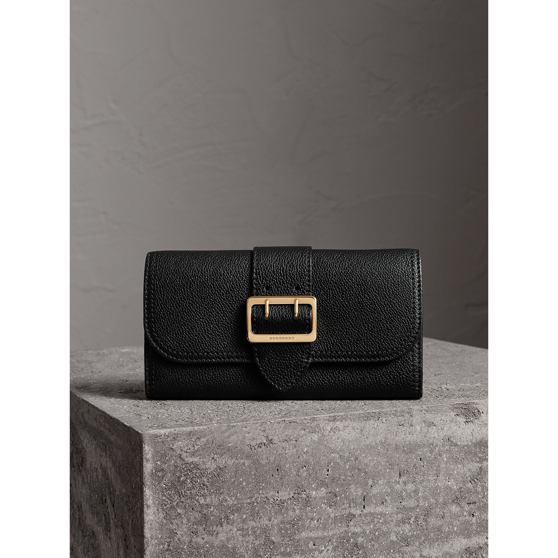 Textured Leather Continental Wallet in Black - Women | Burberry - gallery image 2