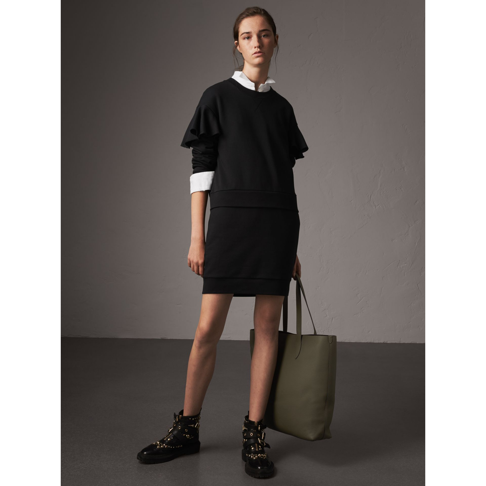 Robe pull en coton à manches à volants (Noir) - Femme | Burberry - photo de la galerie 6