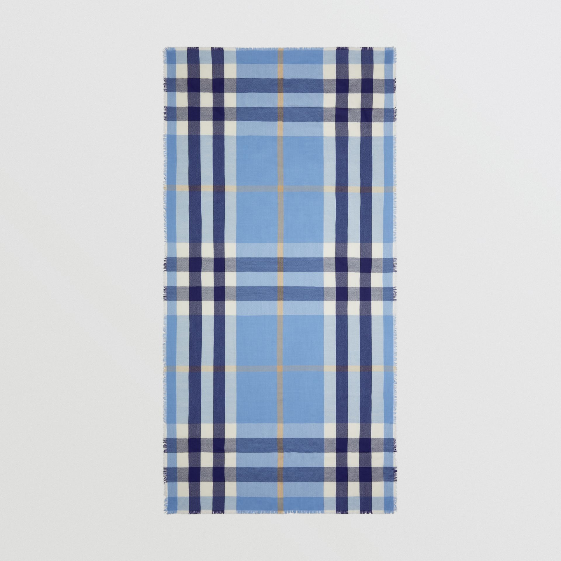 Lightweight Check Cashmere Scarf in English Bluebell | Burberry Hong Kong S.A.R - gallery image 4