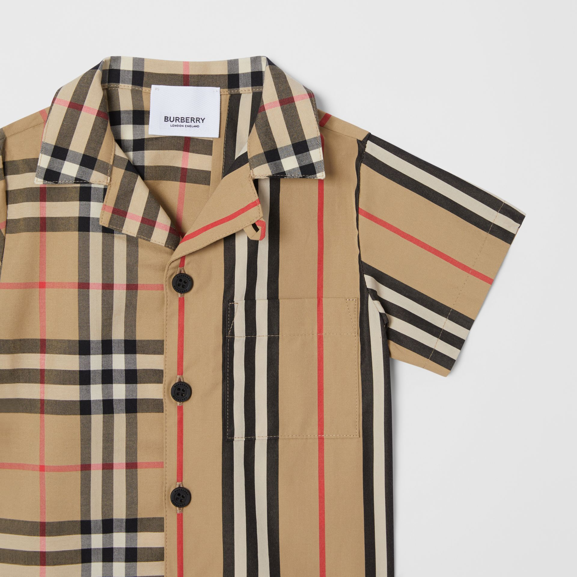Short-sleeve Vintage Check and Icon Stripe Cotton Shirt in Archive Beige - Children | Burberry United States - gallery image 4