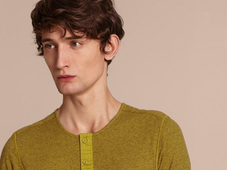 Olive green Camisa Henley de lã e algodão canelados Olive Green - cell image 4
