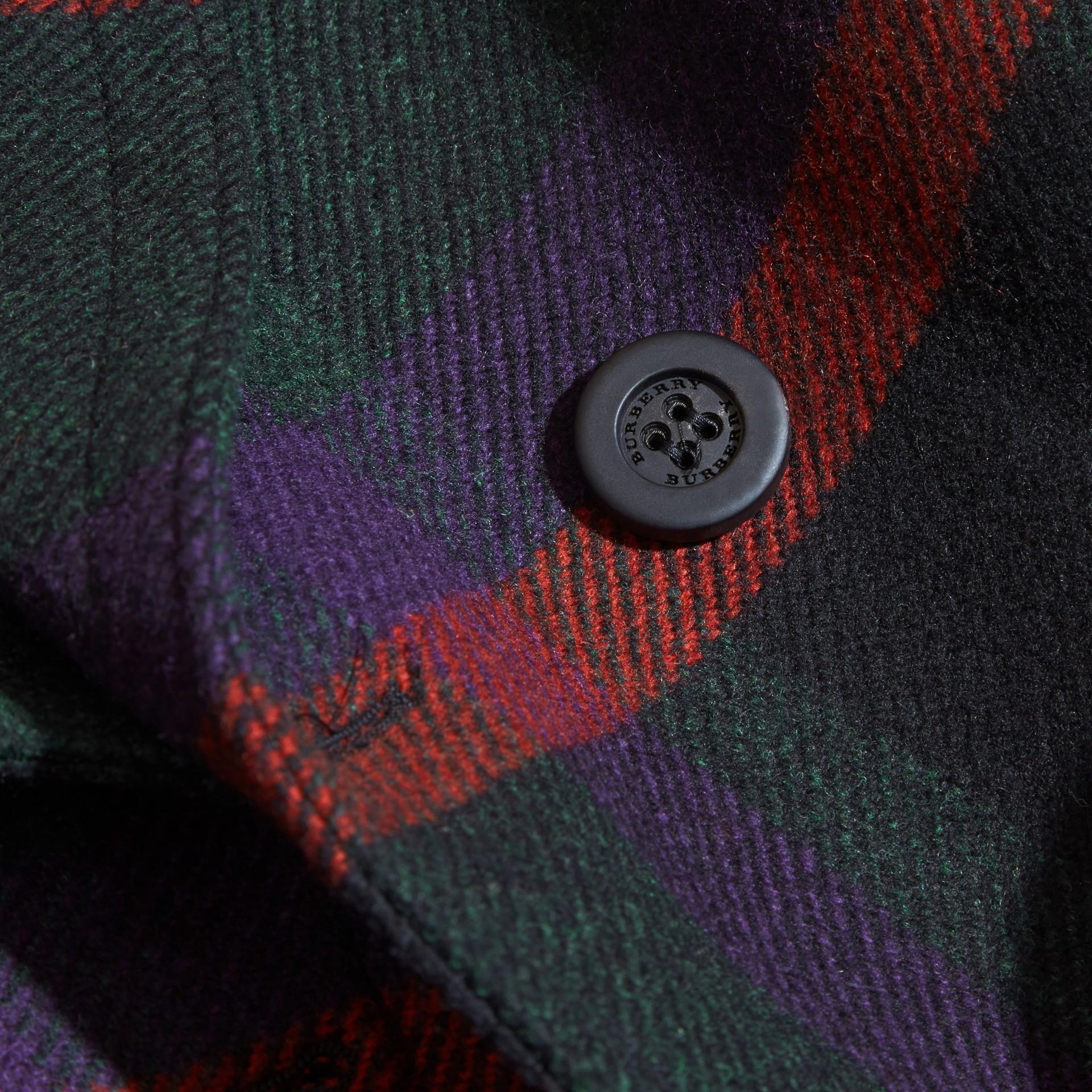 Canard sombre Pardessus en laine à motif check - photo de la galerie 2