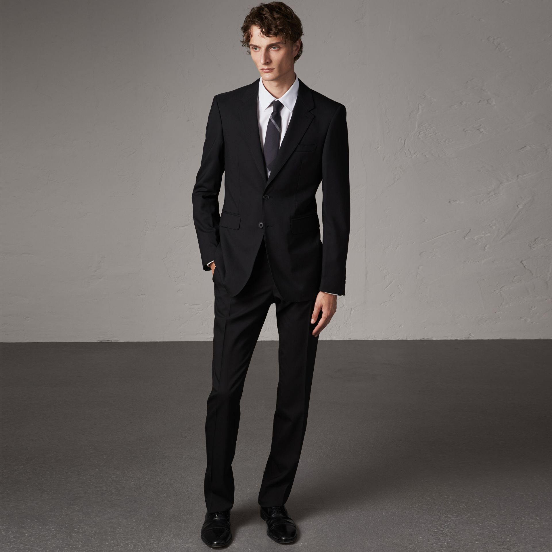 Modern Fit Wool Suit in Black - Men | Burberry - gallery image 0