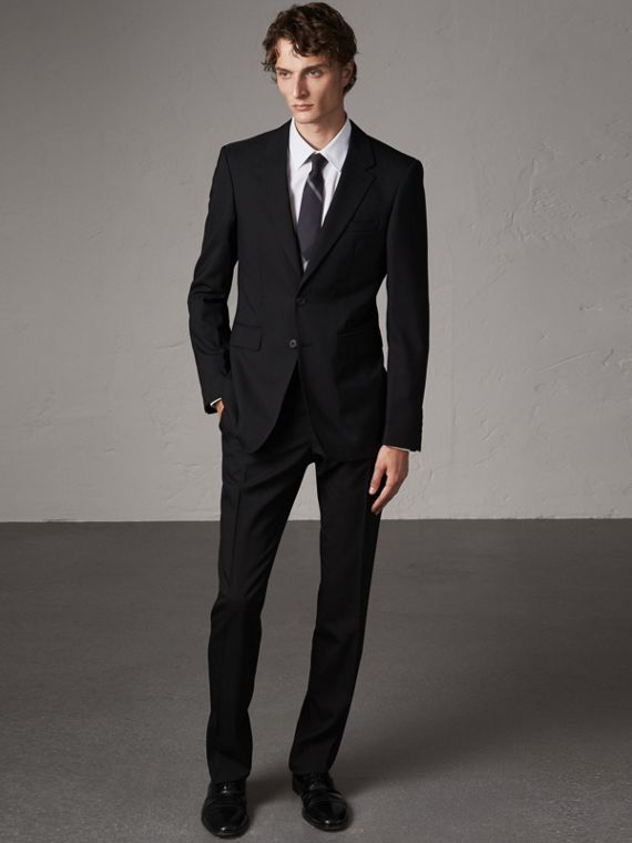 Modern Fit Wool Suit in Black