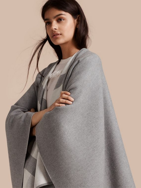 Reversible Check Merino Wool Poncho Light Grey