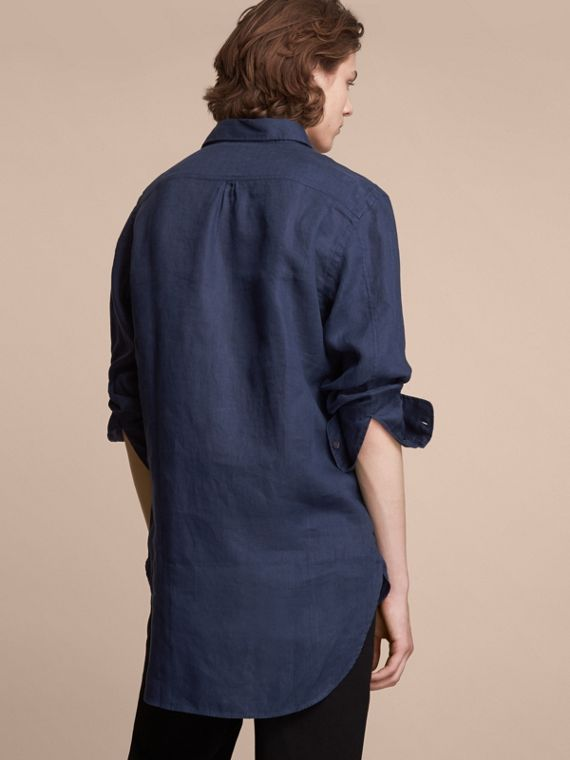 Bib Detail Linen Tunic Shirt in Navy - Men | Burberry Hong Kong - cell image 2
