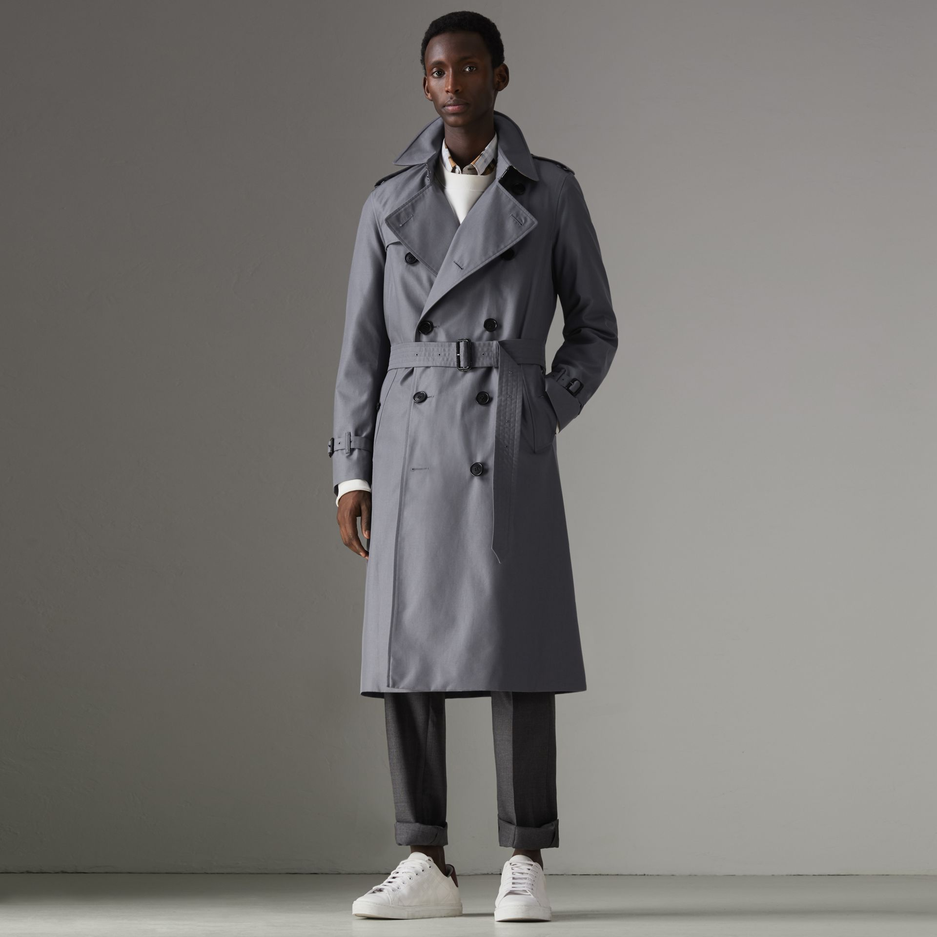 The Chelsea – Trench Heritage long (Gris Moyen) - Homme | Burberry - photo de la galerie 0