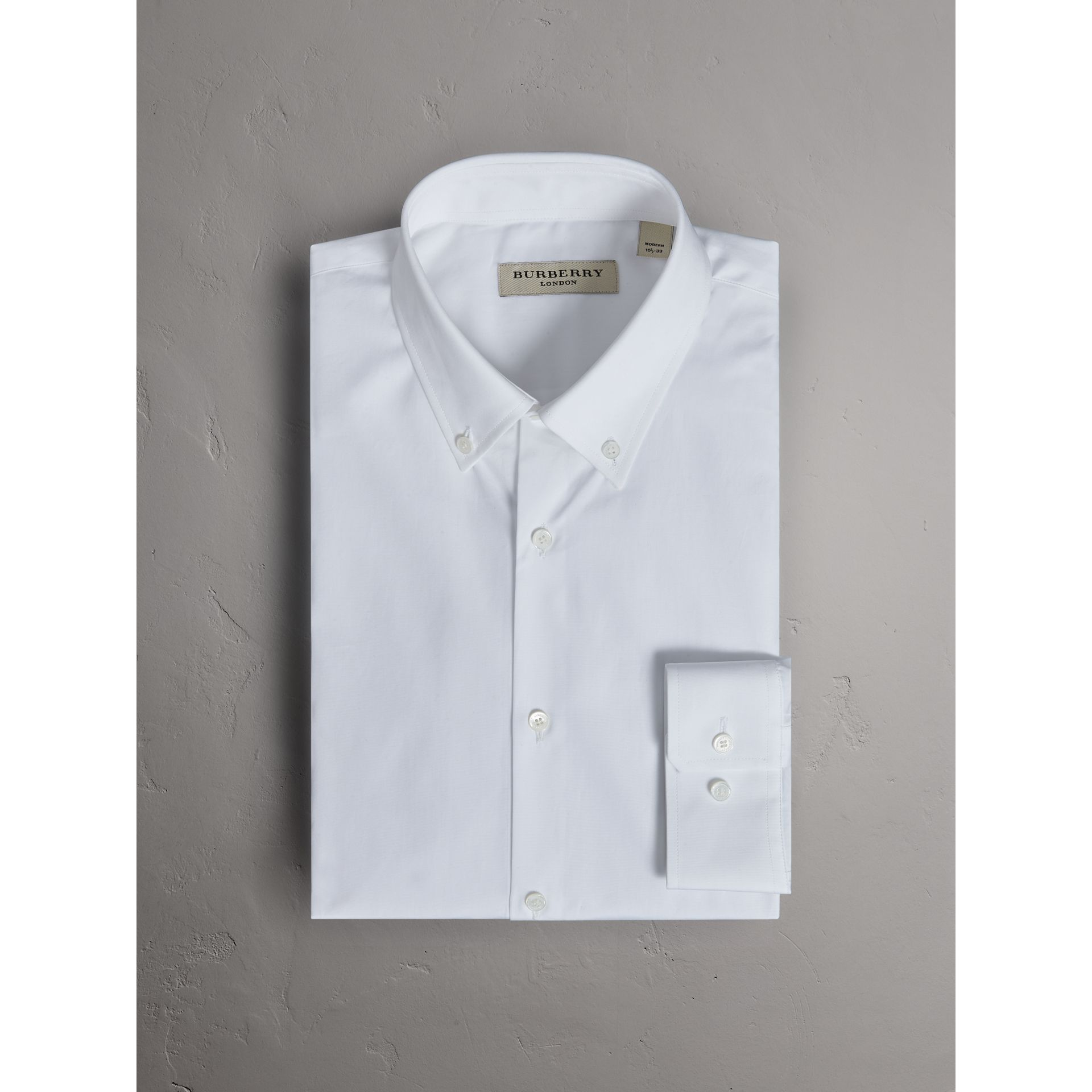 Modern Fit Button-down Collar Cotton Poplin Shirt in White - Men | Burberry - gallery image 3