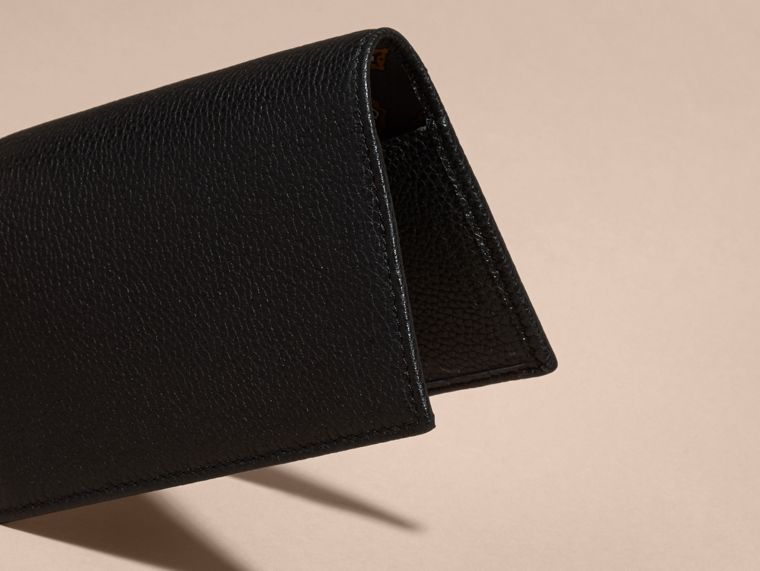 Black Grainy Leather Passport and Card Holder Black - cell image 4