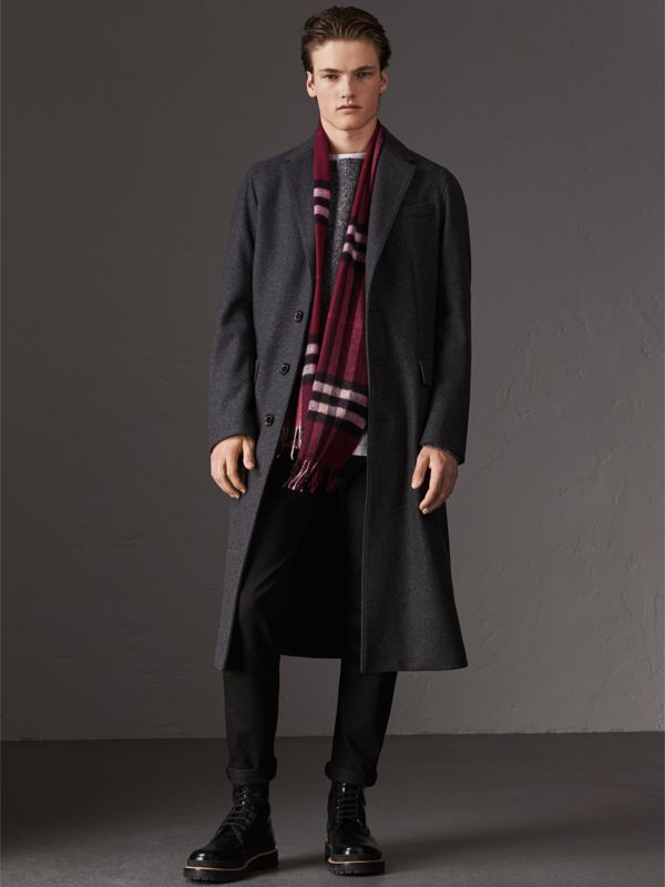 The Classic Check Cashmere Scarf in Plum | Burberry United States - cell image 3