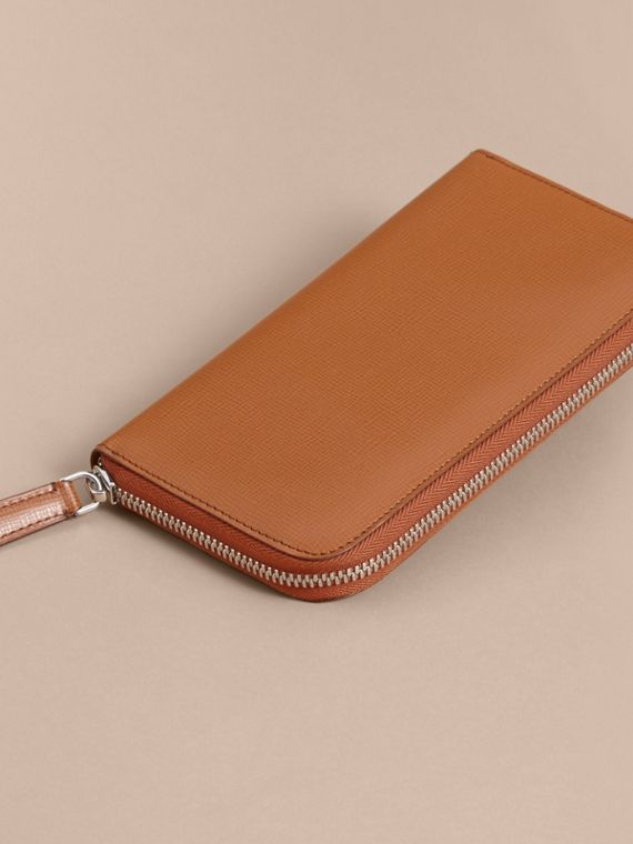 London Leather Ziparound Wallet in Tan - Men | Burberry - cell image 3