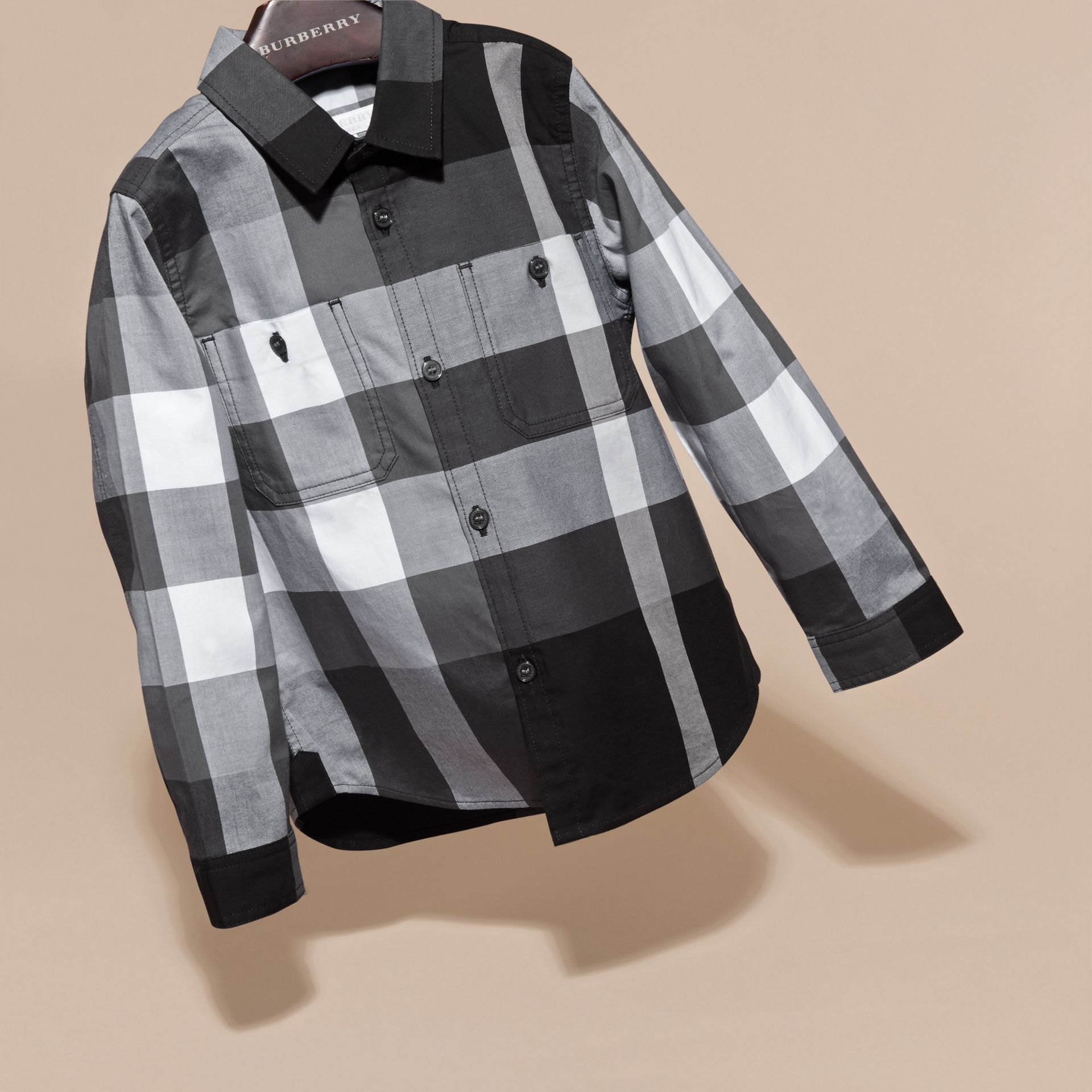 Noir Chemise en coton à motif check Noir - photo de la galerie 3