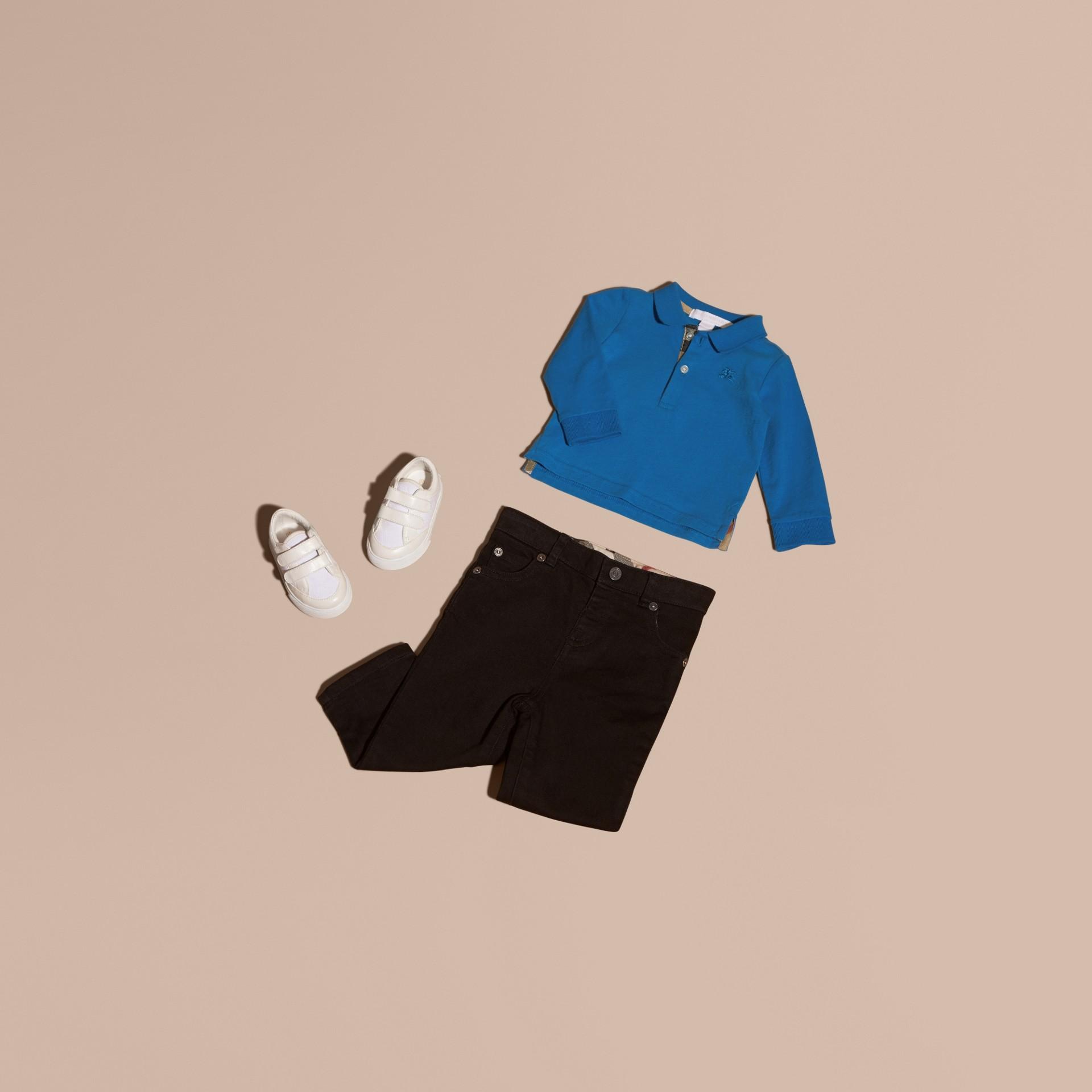 브라이트 오팔 체크 트리밍 롱 슬리브 코튼 폴로 셔츠 브라이트 오팔 - 갤러리 이미지 5