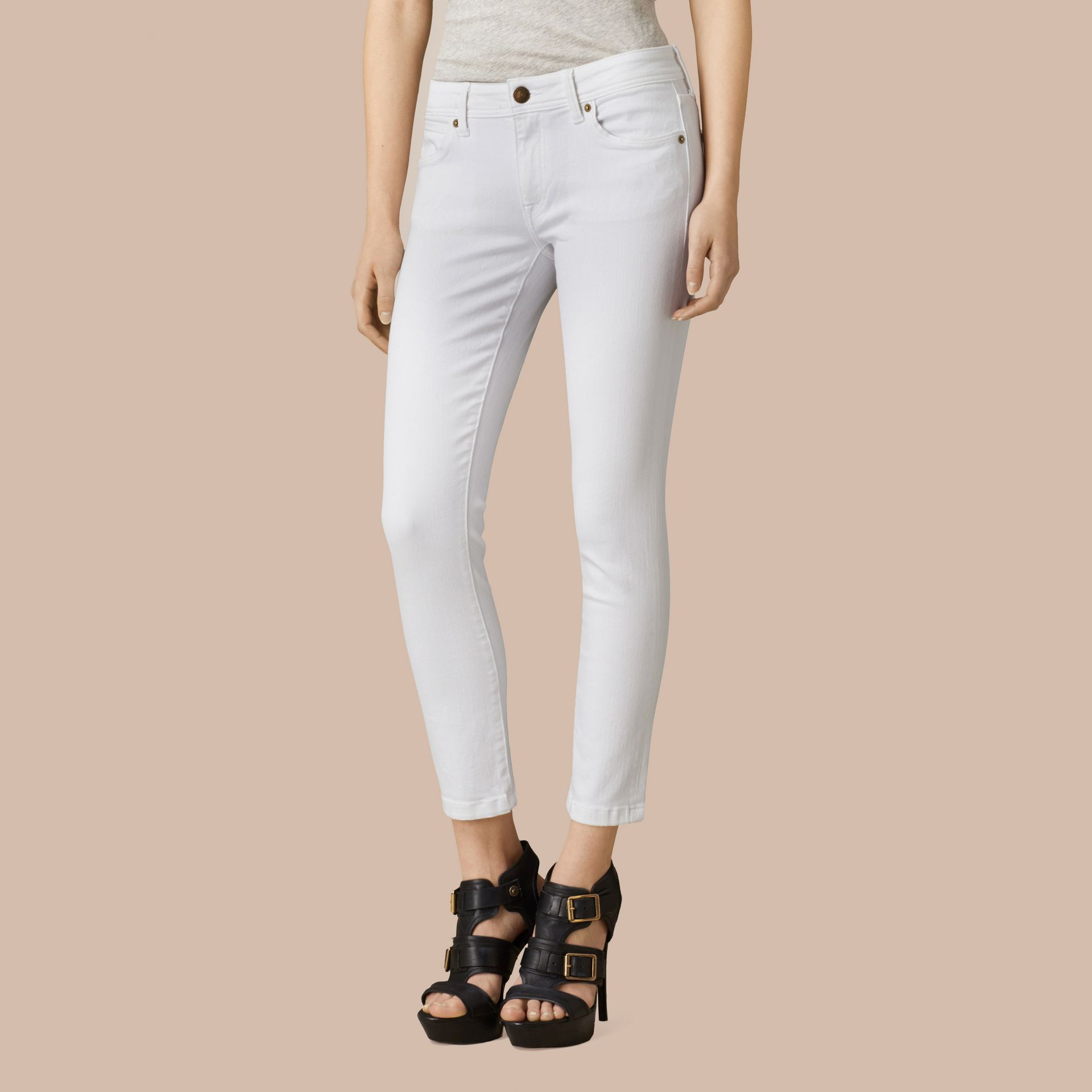 White Skinny Fit Low-Rise Cropped Jeans - gallery image 5