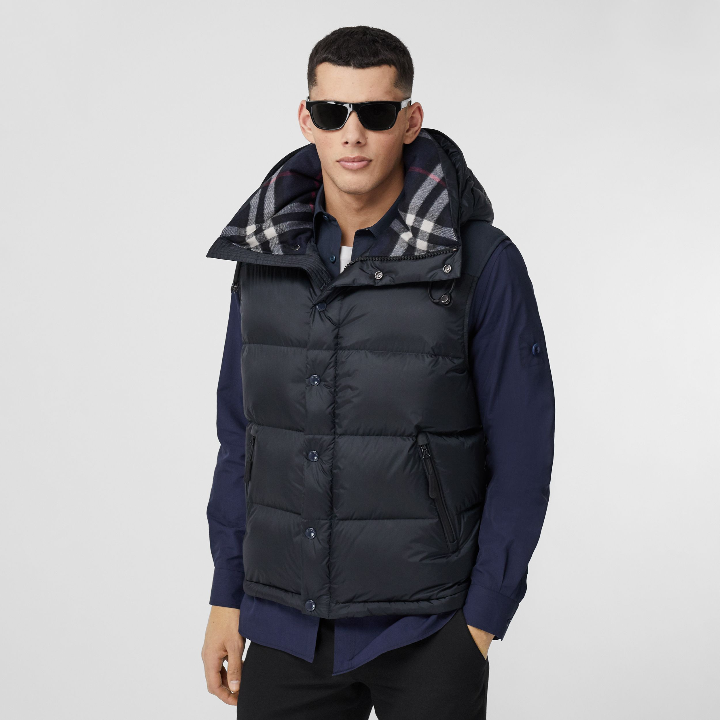 Detachable Sleeve Hooded Puffer Jacket in Navy - Men | Burberry - 4