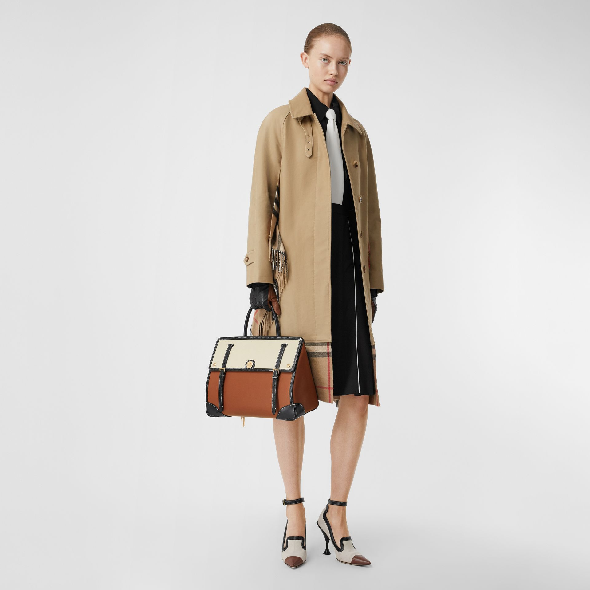 Medium Leather and Cotton Canvas Elizabeth Bag in Tan - Women | Burberry - gallery image 5