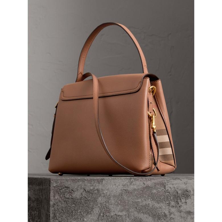 Burberry - Petit sac tote en cuir grainé et coton House check - 3