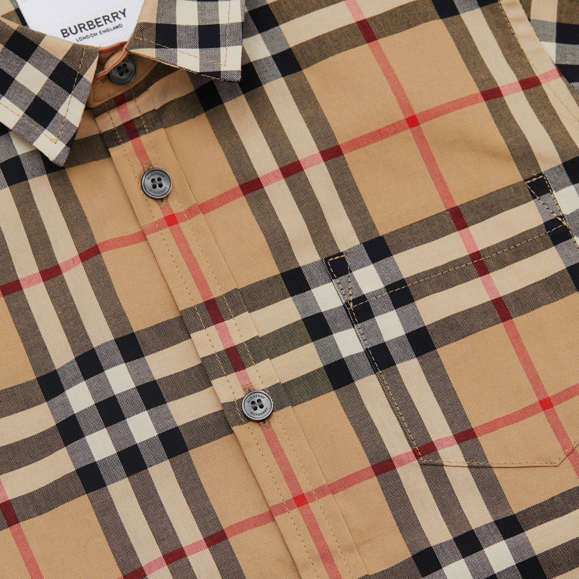Short-sleeve Vintage Check Cotton Shirt in Archive Beige | Burberry Australia - gallery image 1